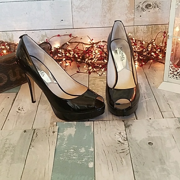 171248fa1520 Michael kors Erika platform peep toe heels. M 5af9fd8331a376116495c5ce